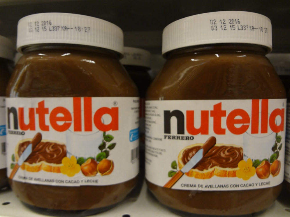 nutella_two_on_display