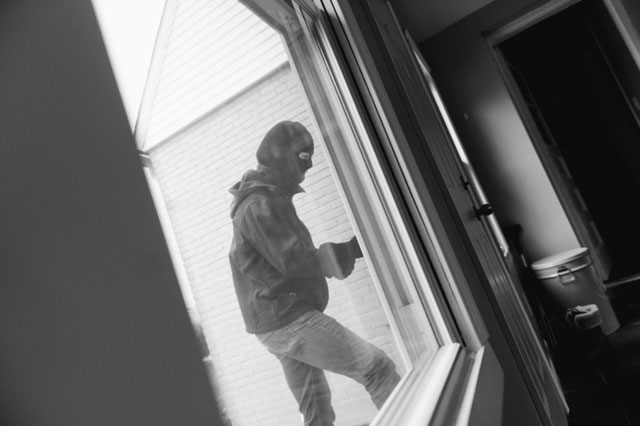 burglaries and effraction at home