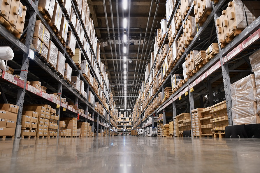 5 Reasons Your Warehouse Needs a Monitored Alarm - Verisure Smart Alarms
