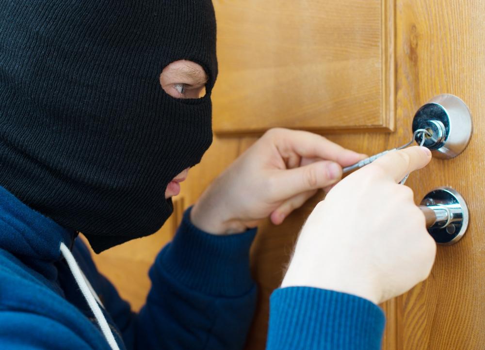 Techniques used by burglars - Verisure Smart Alarms